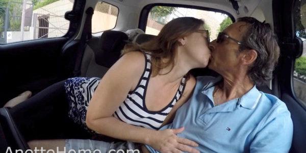 2016 10-11 blowjob i bilen anaga1