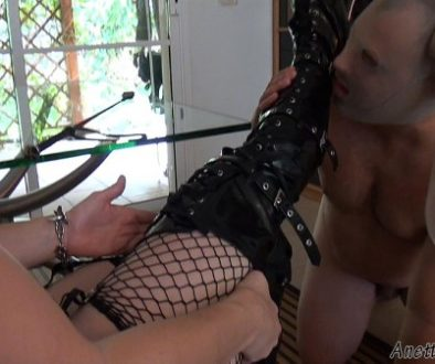 soumis pour ses Maitresses