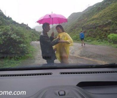 sexe sous la pluie