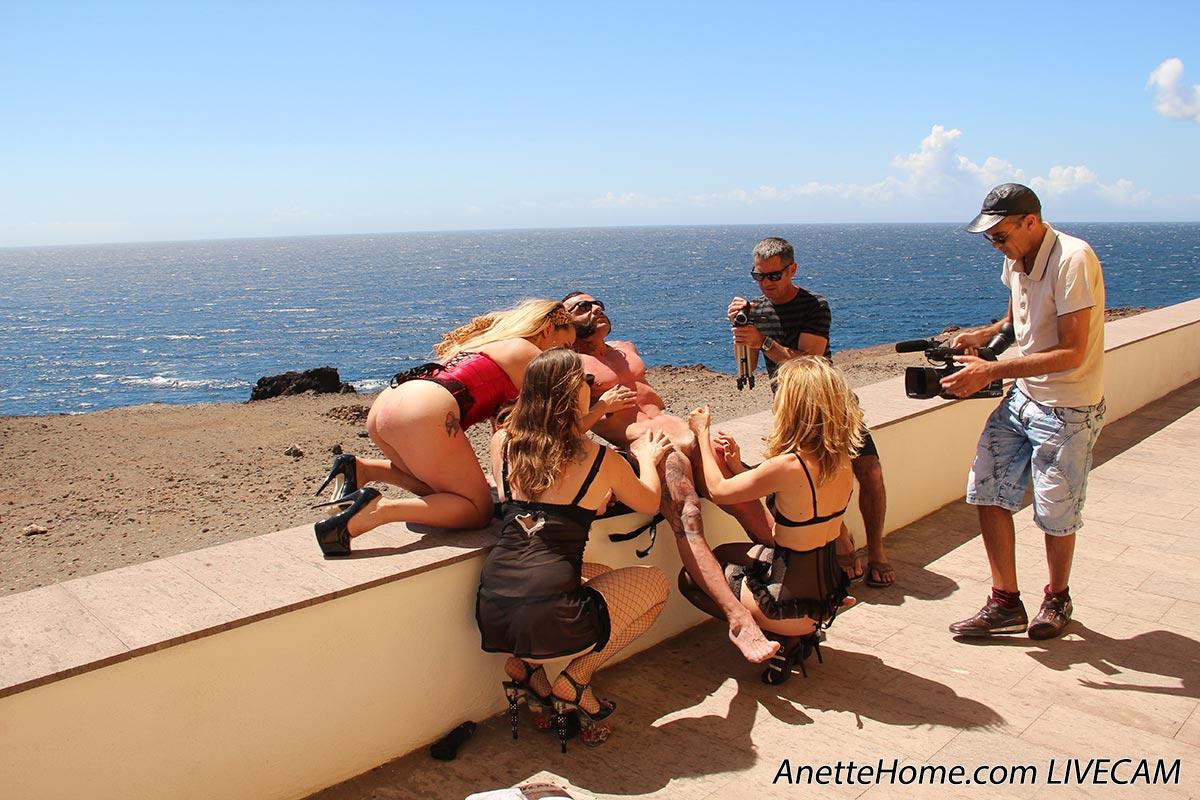 mannequin challenge sexe pres de la plage